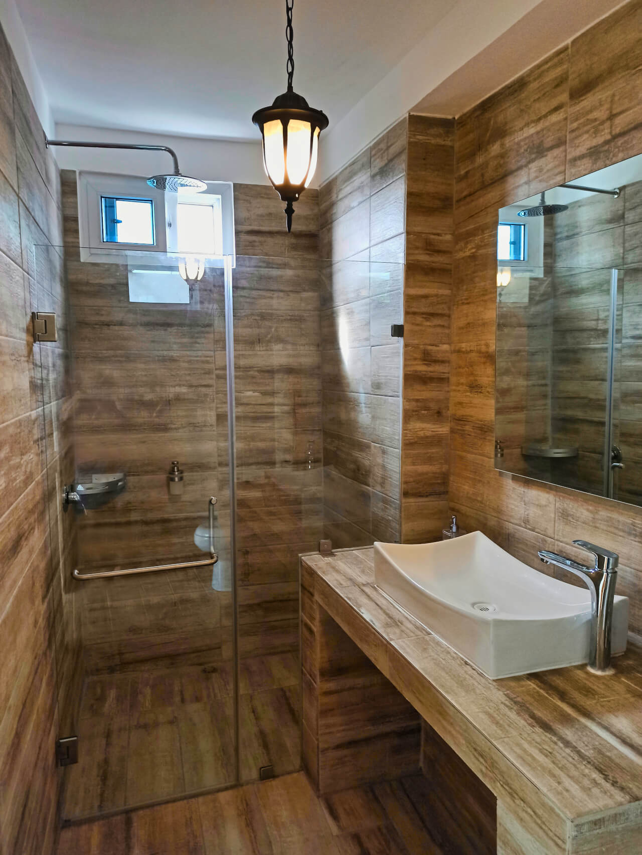 Poolside Suite - Bathroom
