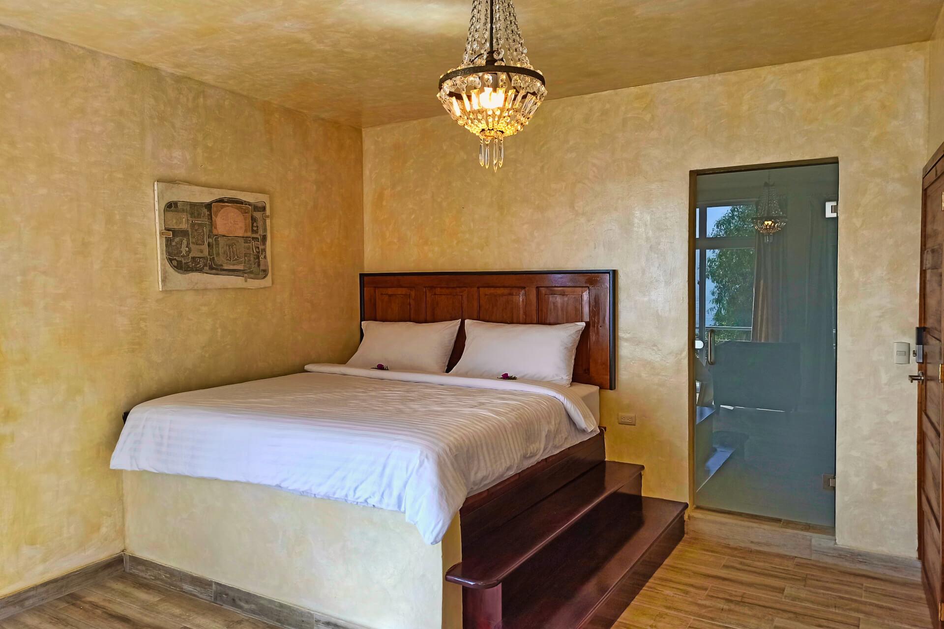 Poolside Suite - Kingsize Bed